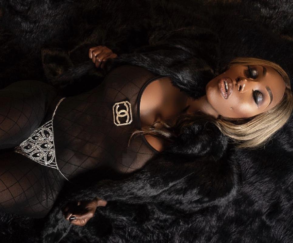 @ebony_mystique