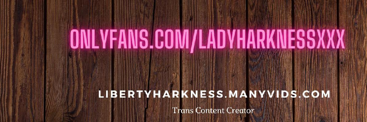 @ladyharknessxxx
