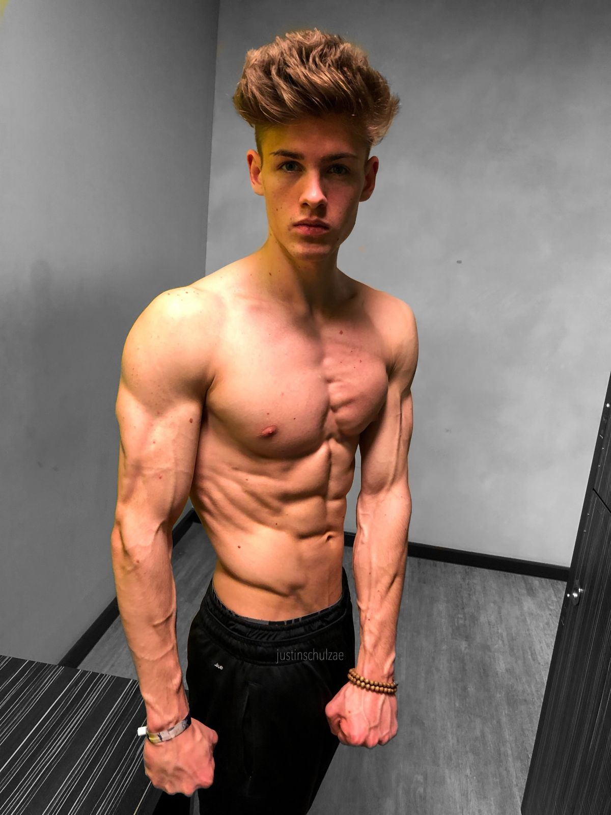 Free Lucashall onlyfans onlyfans leaked